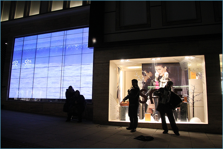 TEXT Schaufenster am  24.12. ...  Street  2012+TEXT