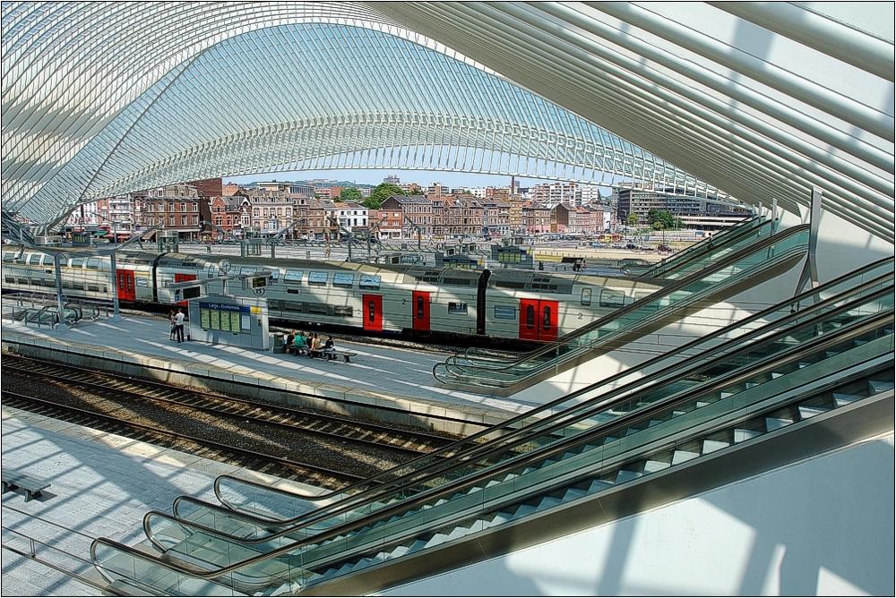TGV-Bahnhof Liège-Guillemins in Belgien 5