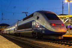 -- TGV --
