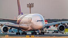THAI A380 auf dem Weg zur Startbahn West