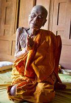 Thailändischer Mönch 101Jahre