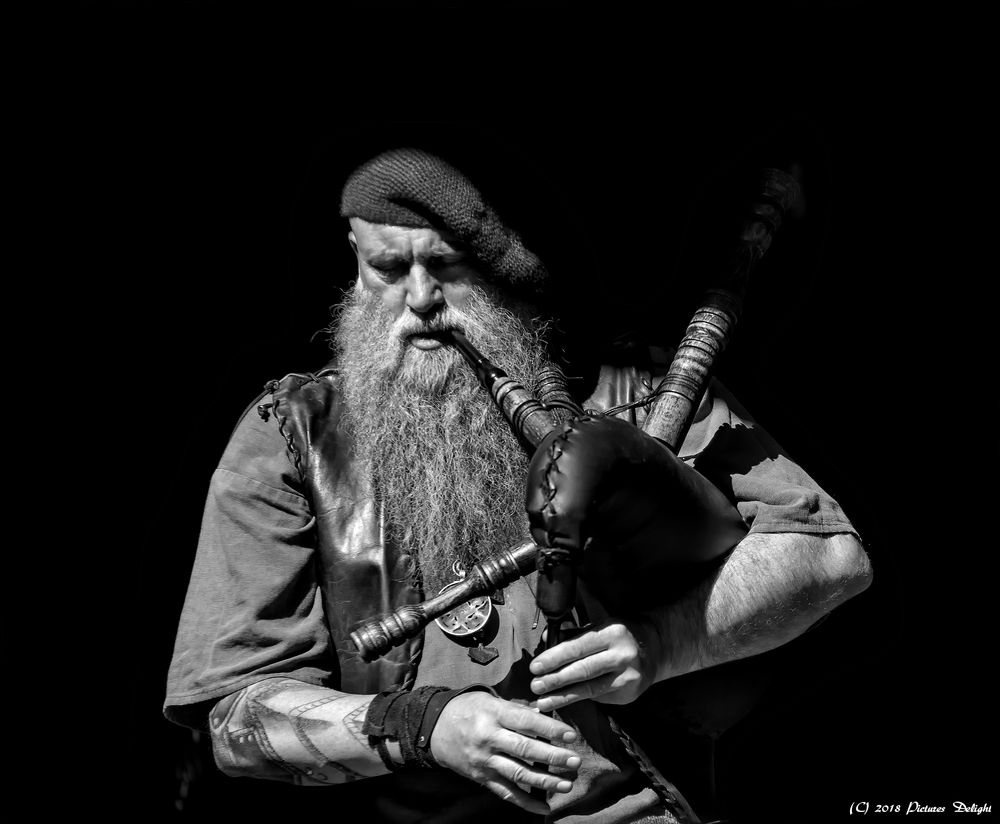 - The Bagpiper -