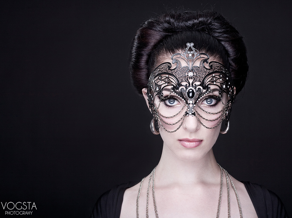The Beauty Mask (Photographer: Vogtsa)