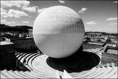 The big white sphere
