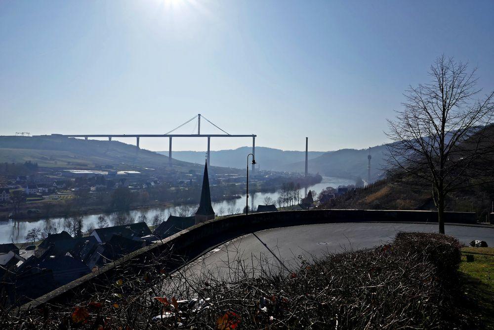 The bridge... ein Pano aus 6 Fotos in 'schwierigem' Licht