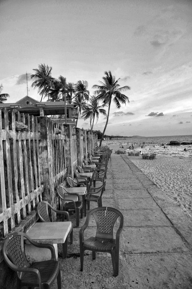 The Duong Dong Beach