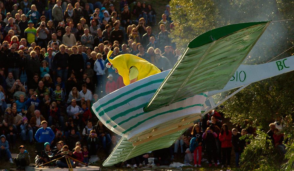 The Flying Obstschüssel mit Banane..