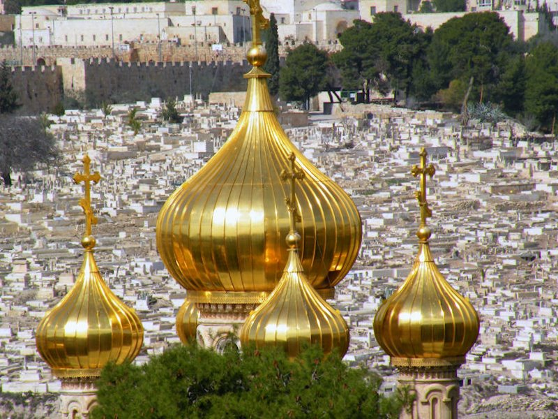 """The golden """"Onions"""" of Maria Magdalena Church - Mount of Olives"""