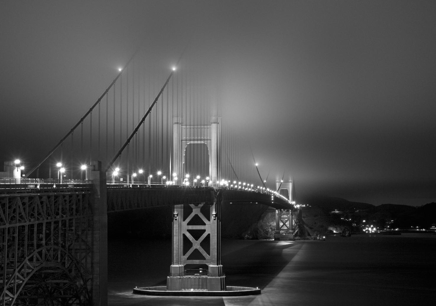 The GoldenGateBridge at Night
