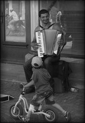 The Happy Busker...