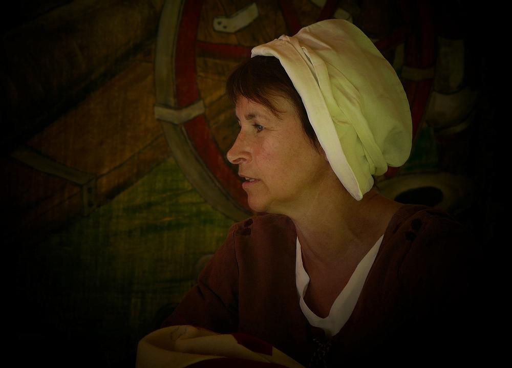 The Middle Ages (28) : Landlady