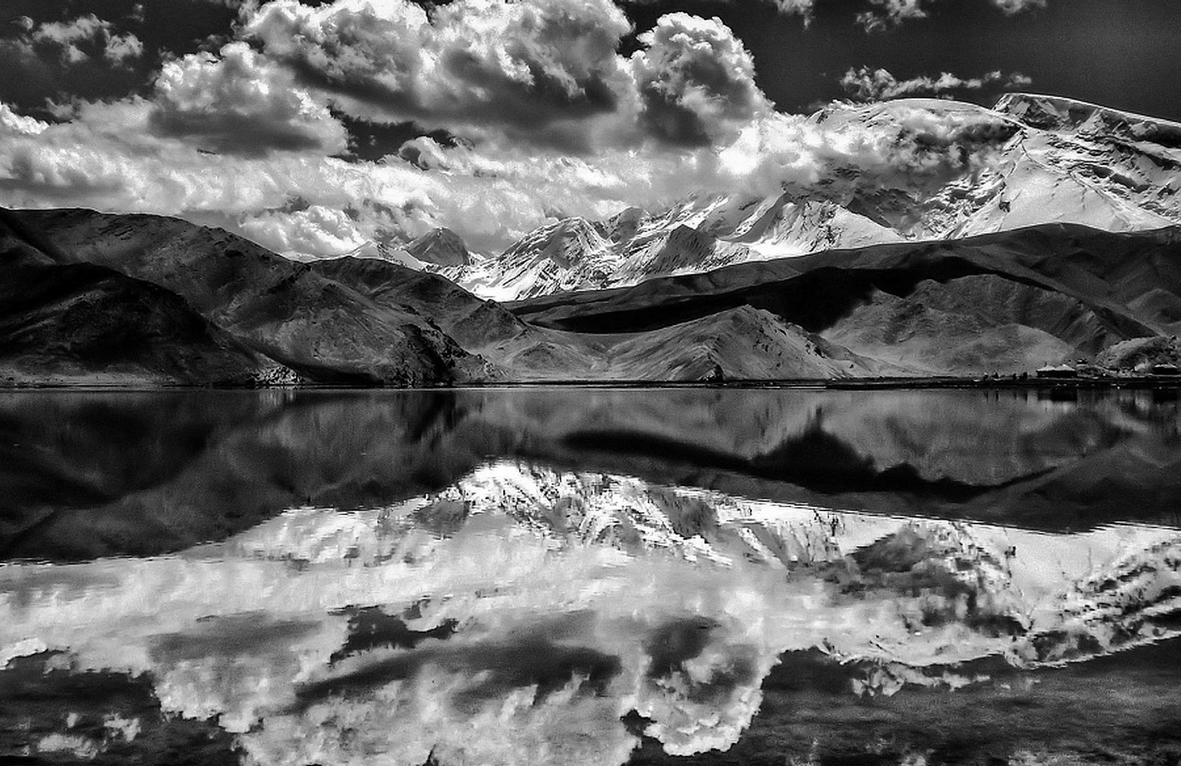 .the mirror lake....