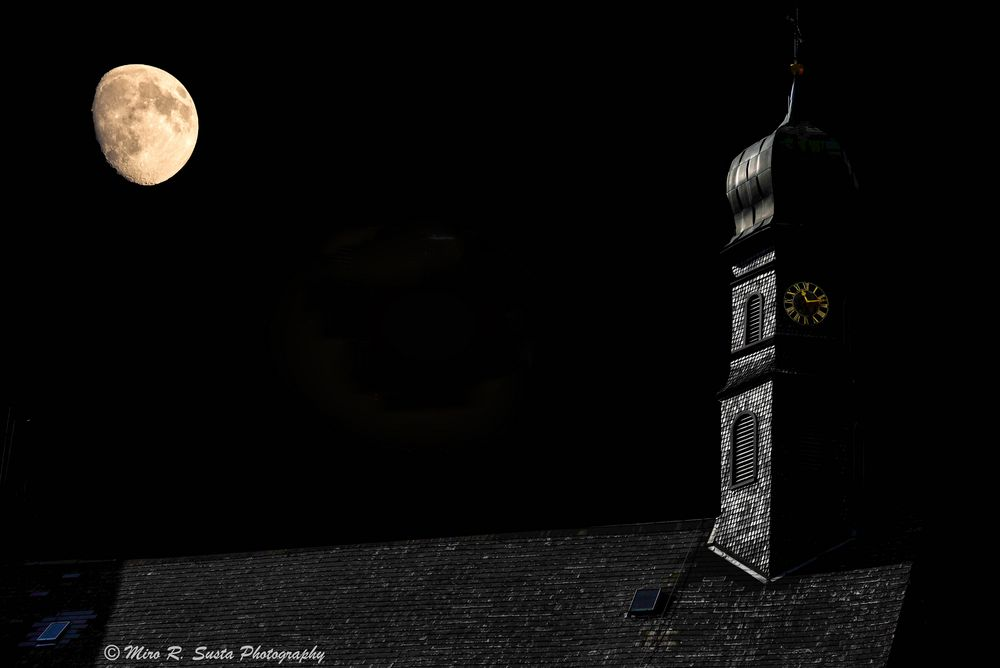 The moon and the wooden church