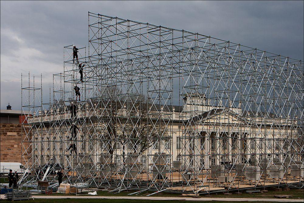 The Parthenon in Kassel entsteht