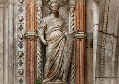 """The """"Porta della Carta"""" is the entrance of the Palazzo Ducale"""