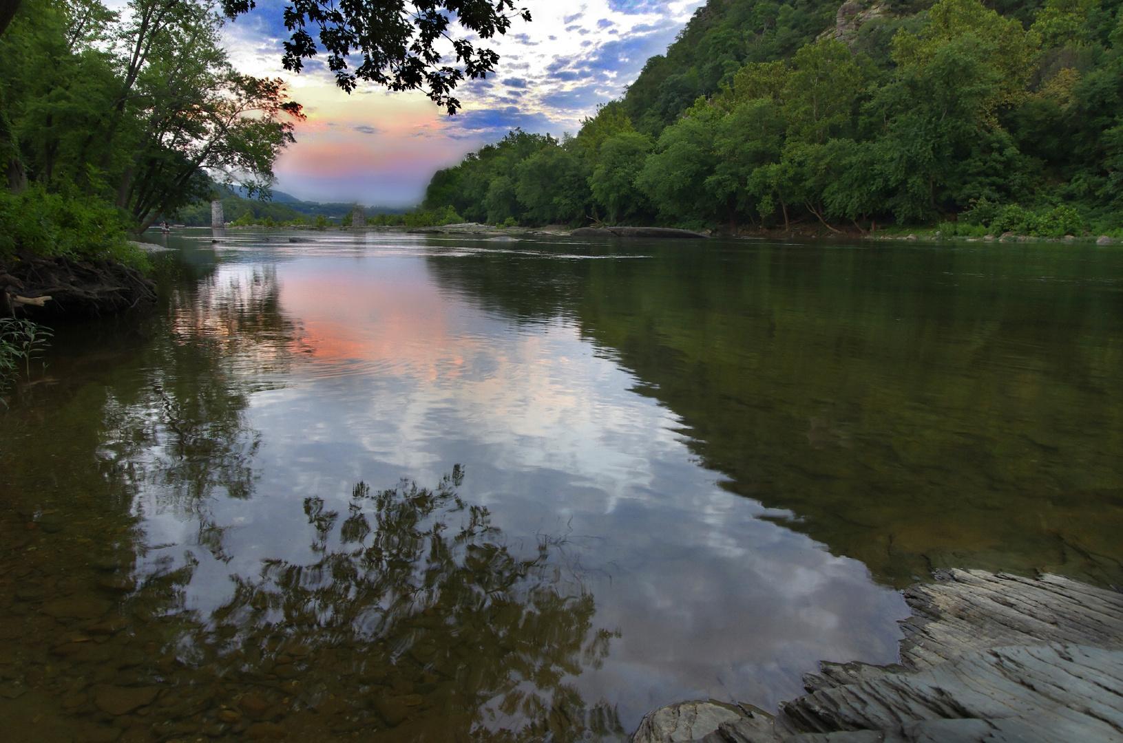 The Shenandoah river at Harper's Ferry (West Virginia)