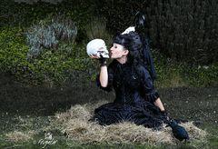 """The Skull-Kiss""..."