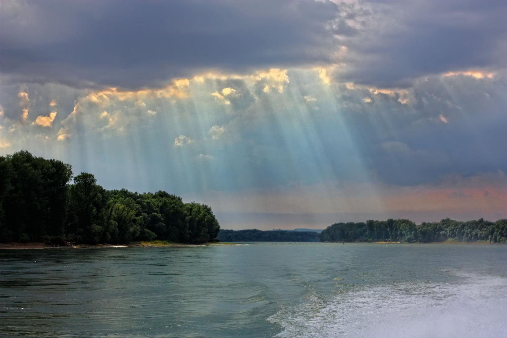 The sky over Danube