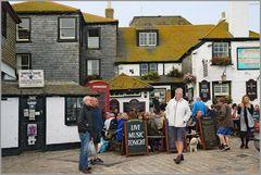 The sloop Inn...