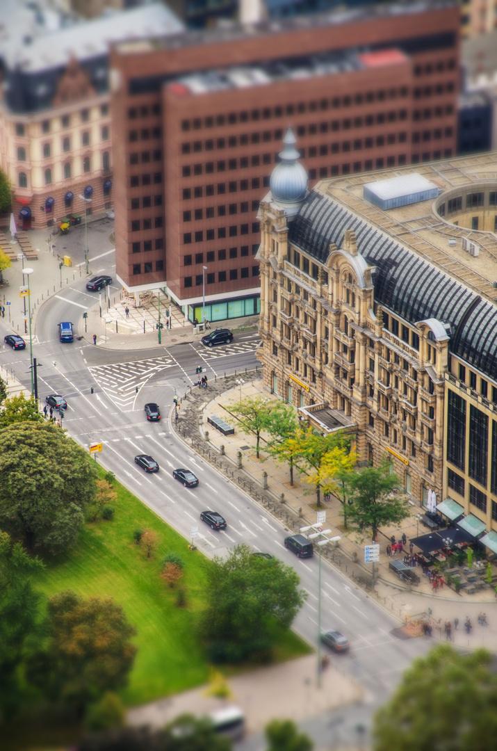 the small Frankfurt 3