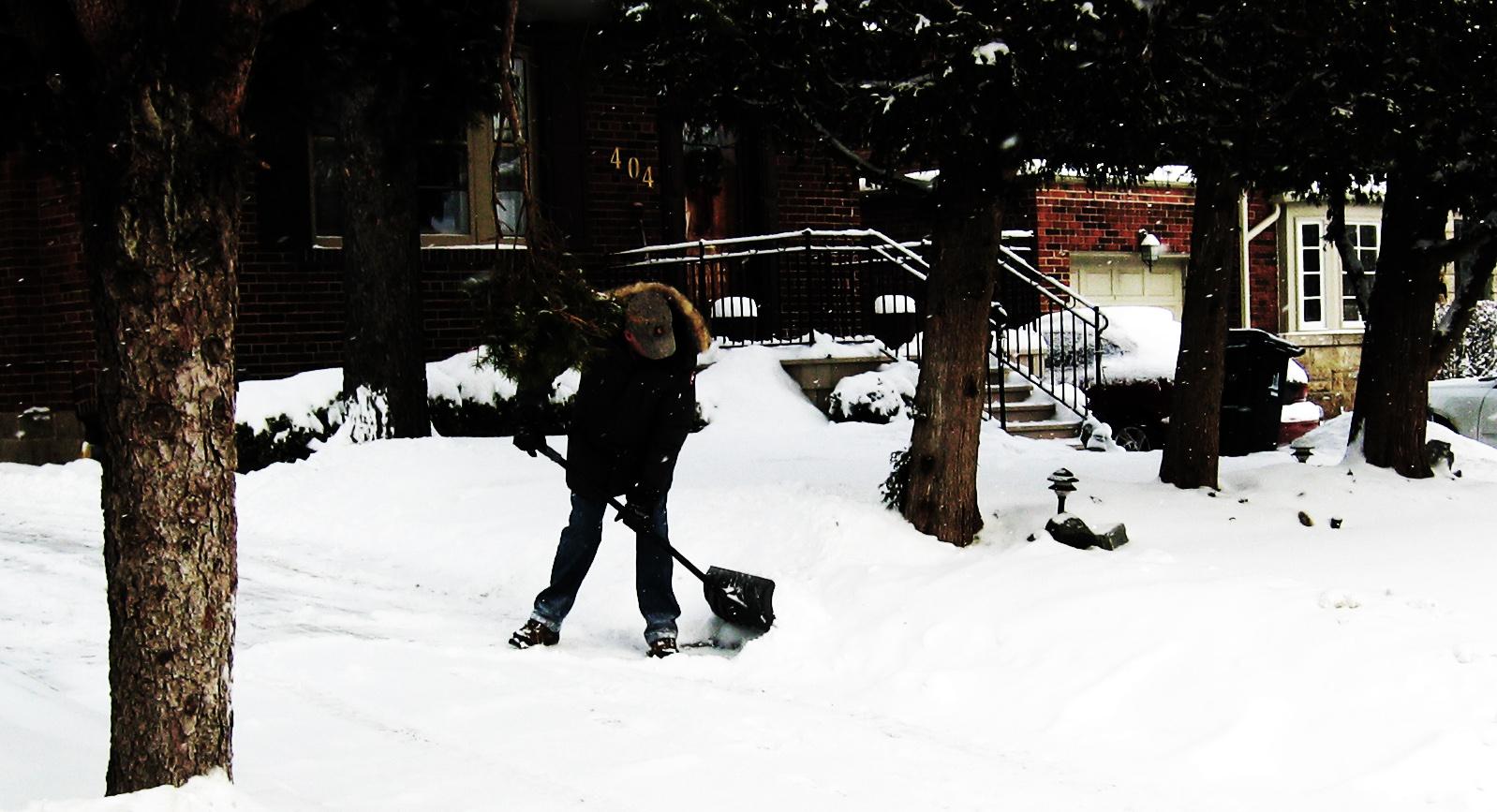 THE SNOW SHOVELLER - A' LA PIETER BRUEGHEL d.a.