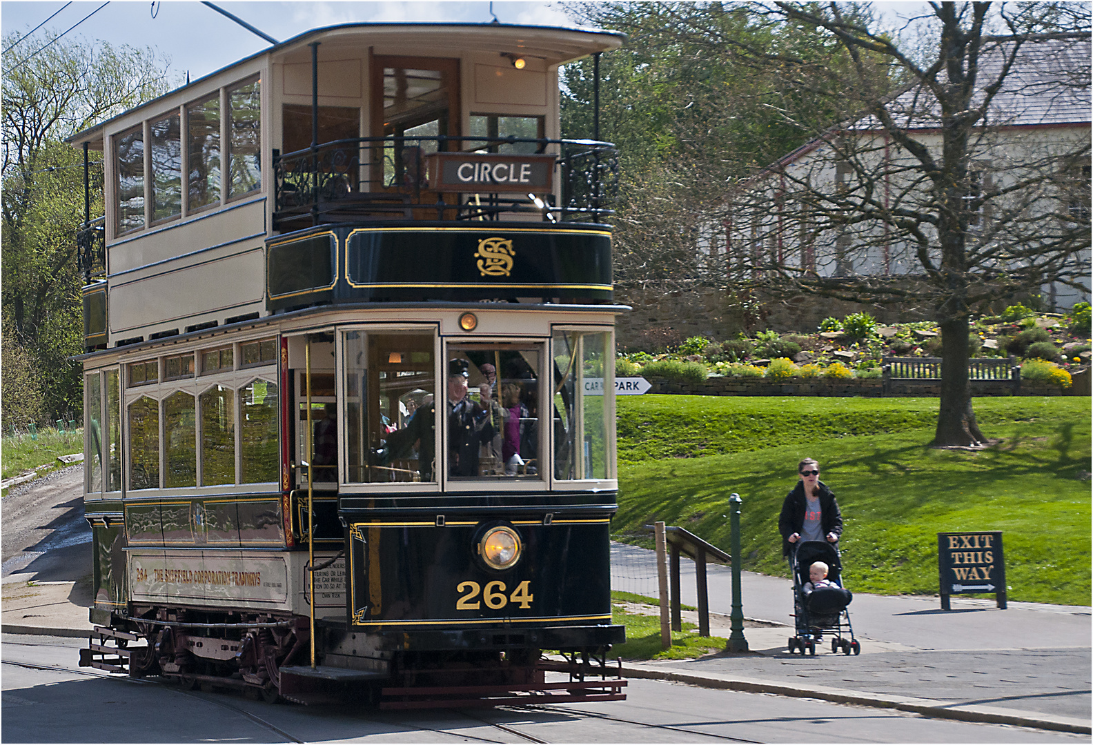 The tram and the baby