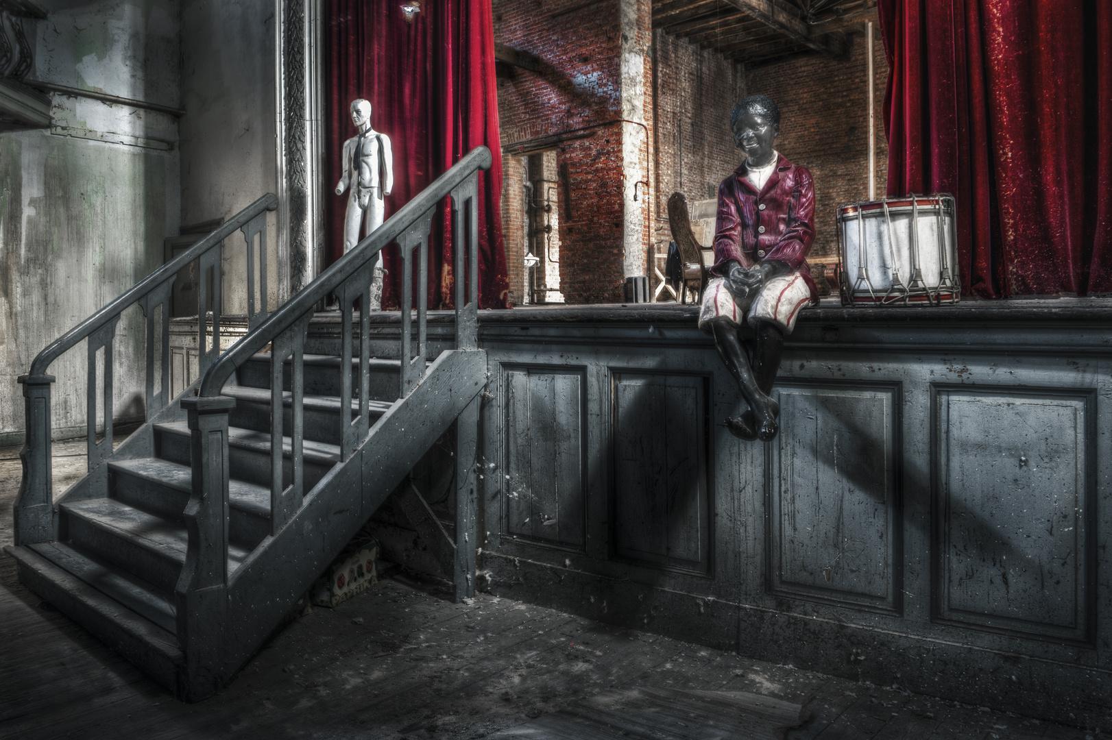 Theater Bizarre 2