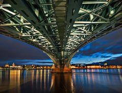 Theodor-Heuss Brücke