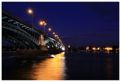 Theodor-Heuss-Brücke (Mainz–Wiesbaden)