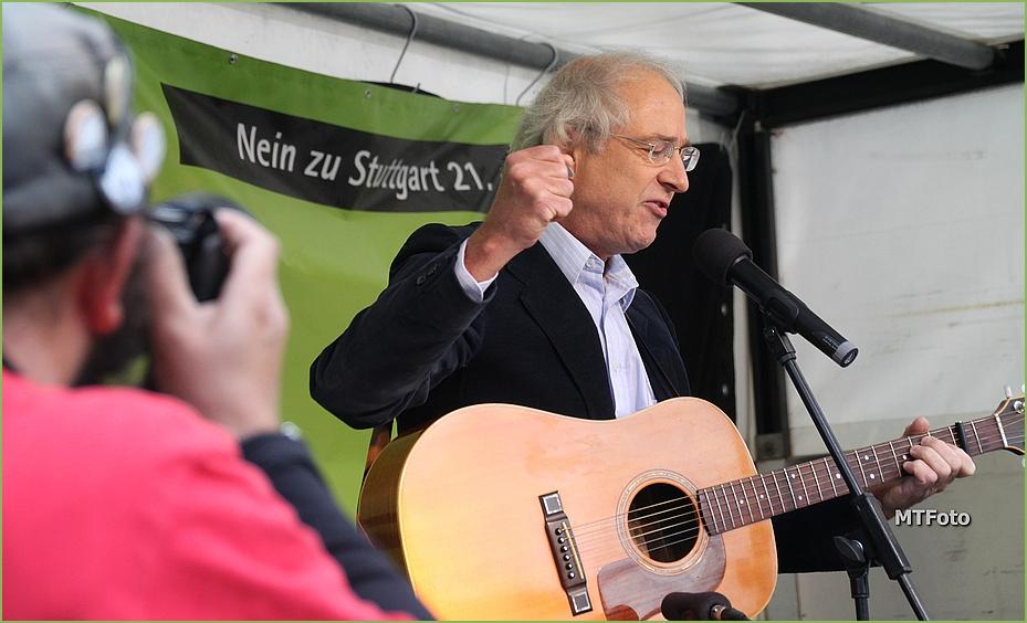Thomas Felder singt K21 Stuttgart Sep13 +11Fotos