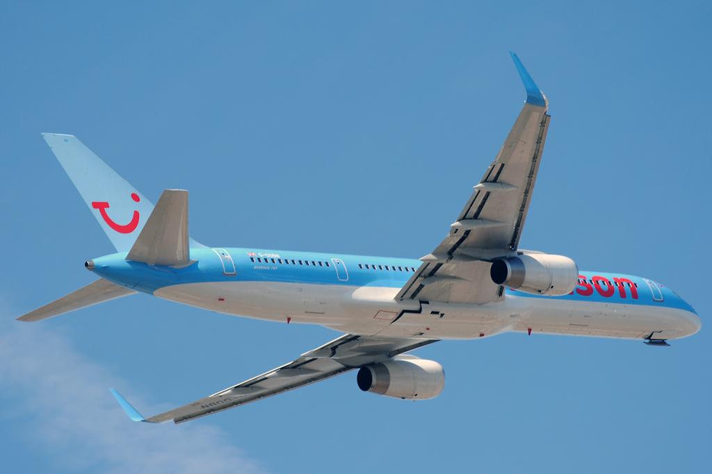 Thomson 757 G-OOBN