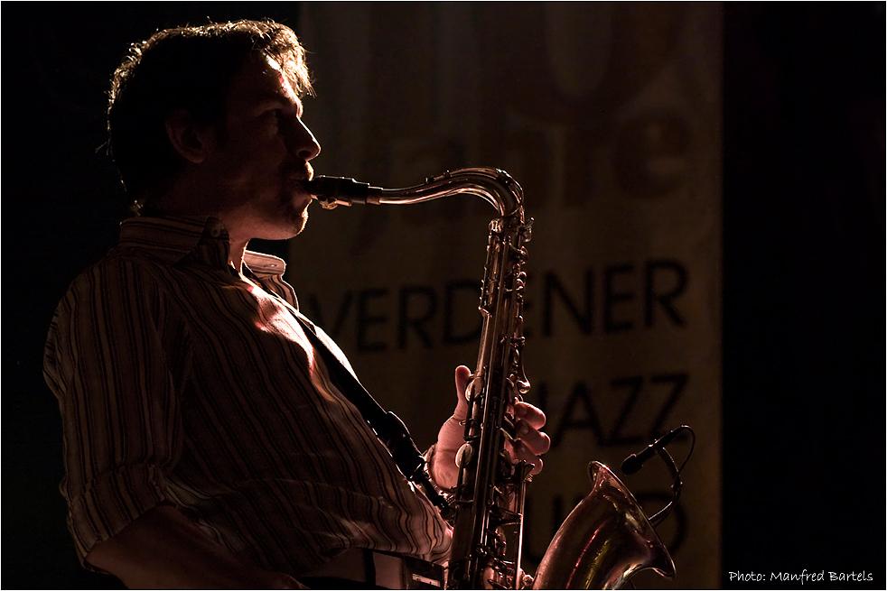 Thorsten Skringer, saxophone...
