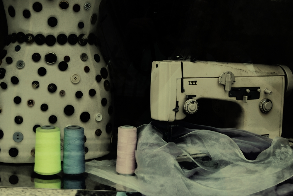 threads and buttons ...