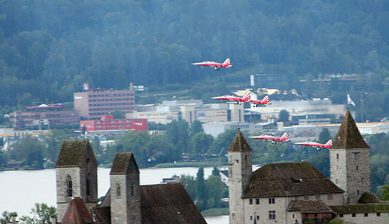 Thunderbirds over the castle of Rapperswil