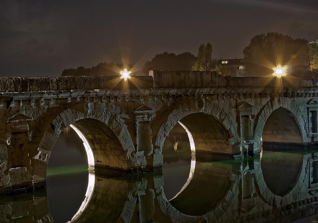 Tiberiusbrücke in Rimini