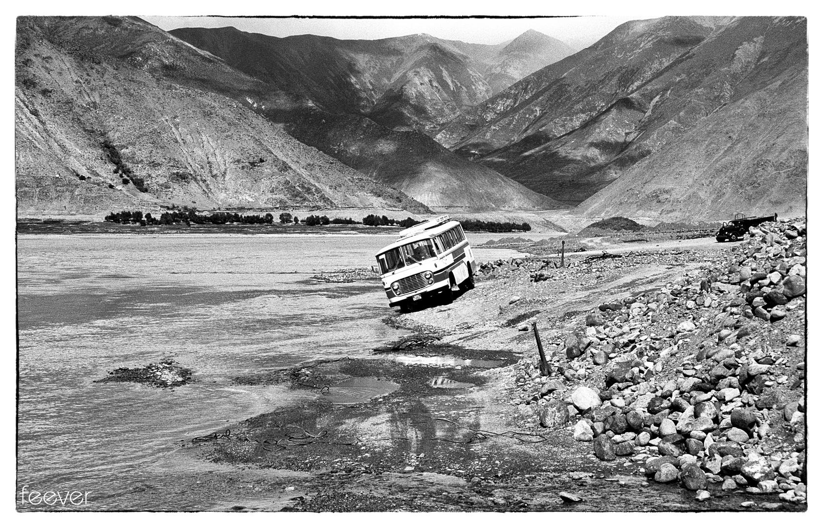 Tibet 1987: Überlandfahrt mit dem Bus (1)
