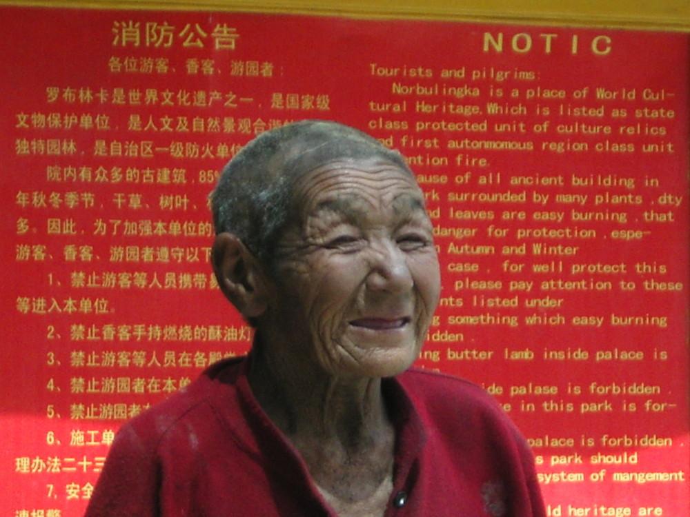 Tibetische Nonne in Lhasa