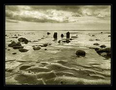 tide's coming in
