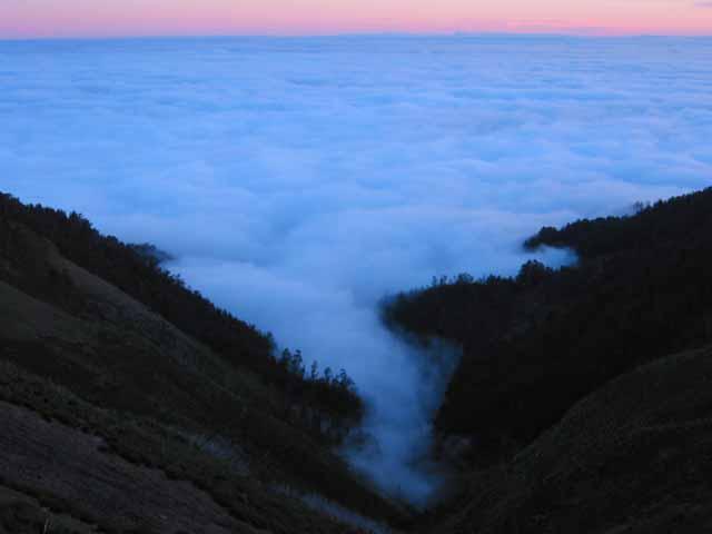 tiefe Wolkedecke an der Südküste