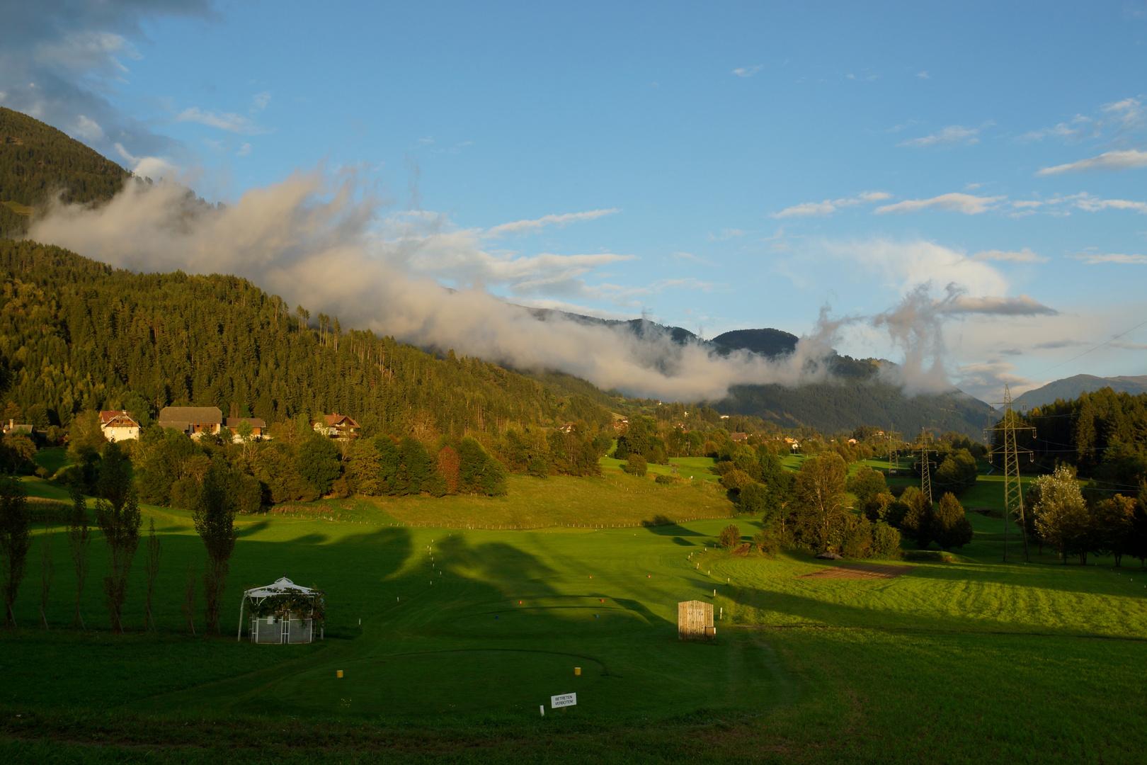Tiefe Wolken über Kärnten (1)
