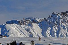 Tiefschneeabfahrt in Südtirol