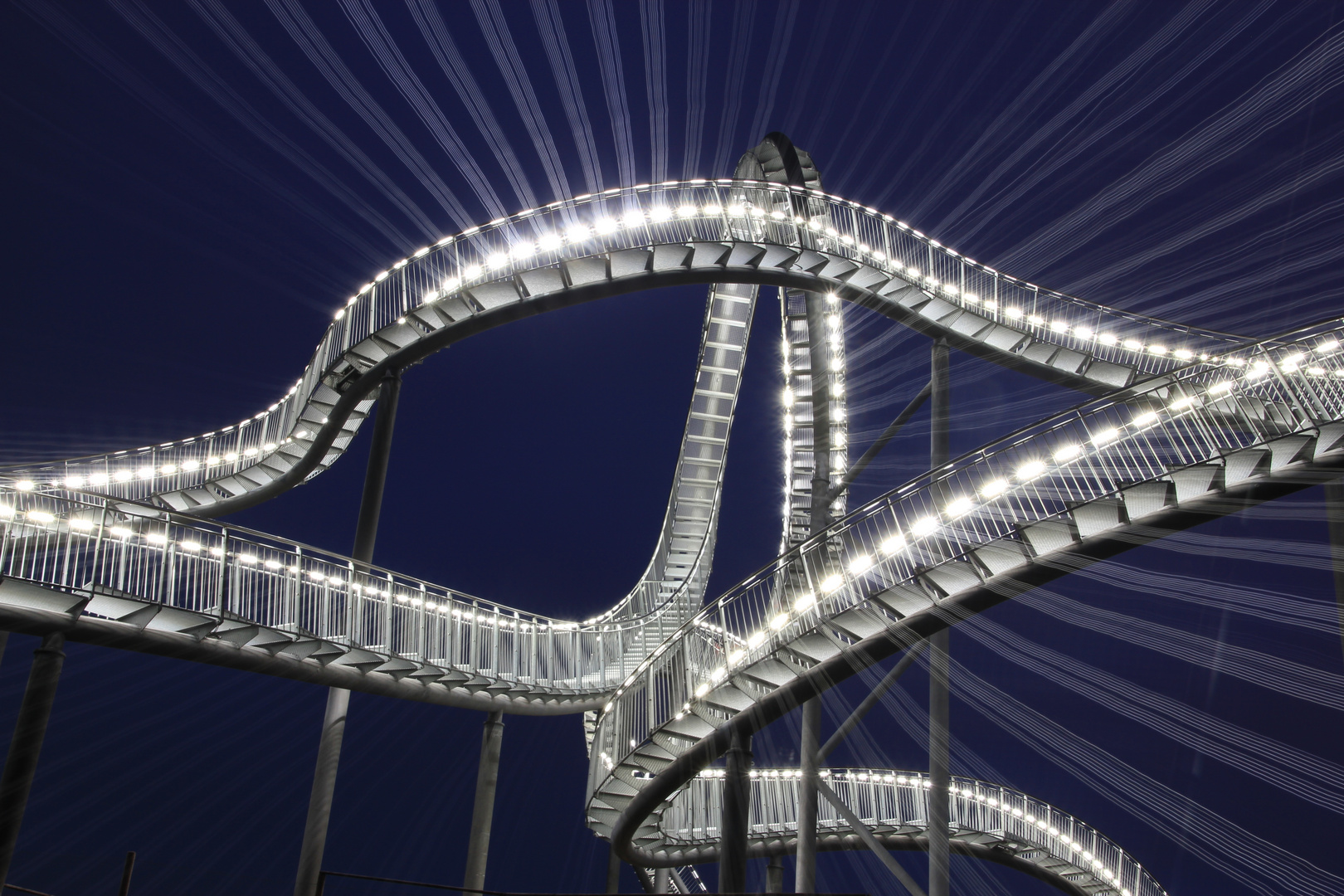 Tiger and Turtle mal anders