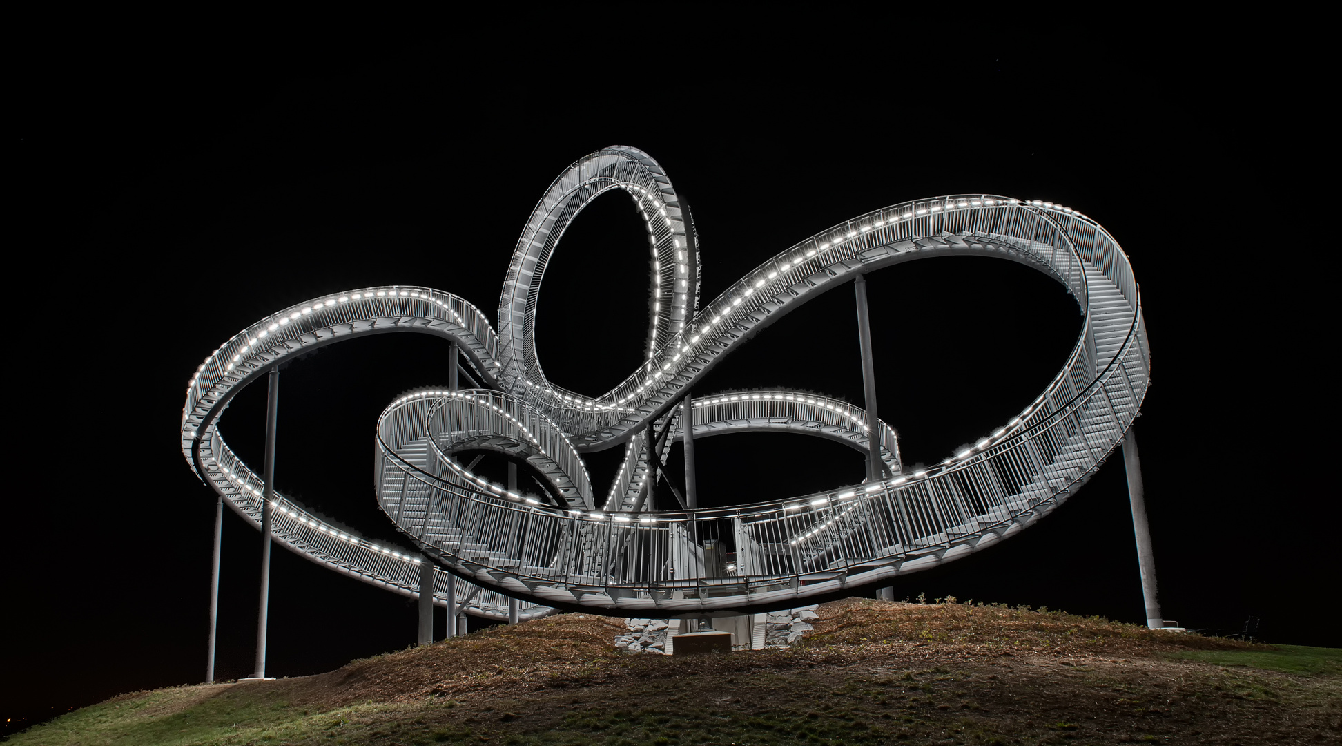 Tiger & Turtle / Magic Mountain
