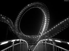 Tiger & Turtle - Magic-Mountain - III