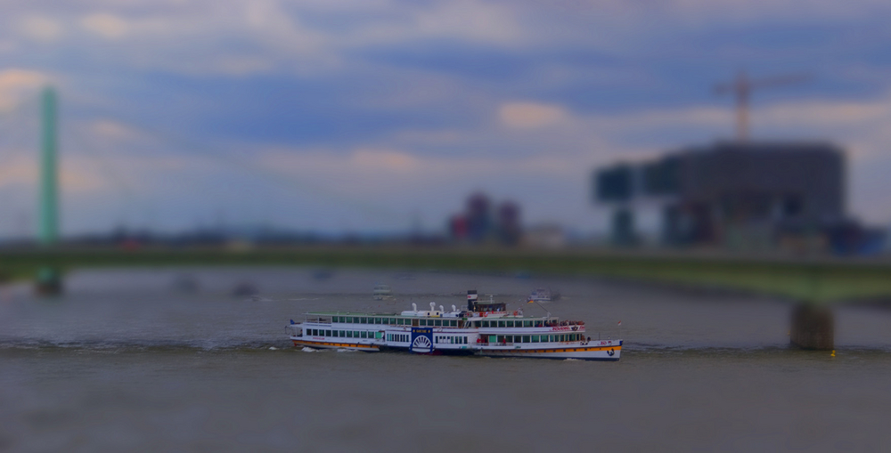 TiltShift am Rhein