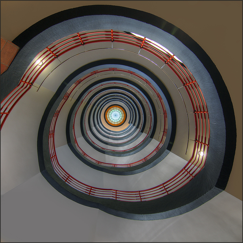 * Time Tunnel *