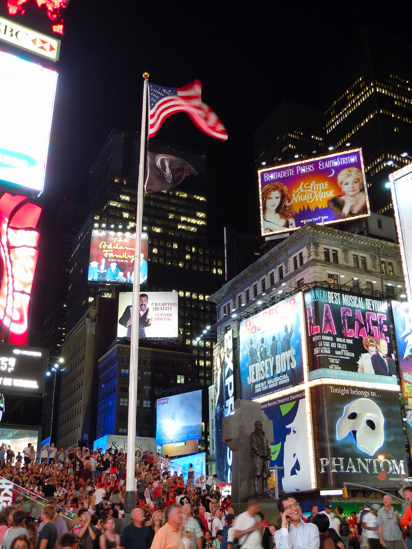 Times square by night 2
