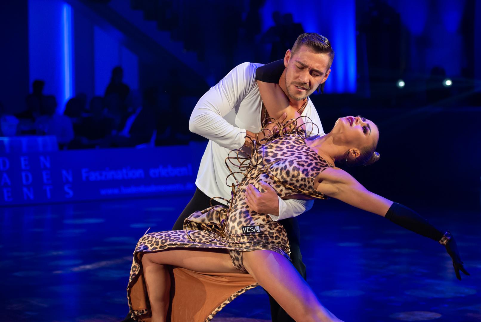 Timur Imametdinov & Nina Bezzubova bei der Rumba