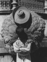 Tina Modotti, Campesino with hay, ca.1927-29