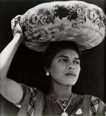 Tina Modotti, Donna di Tehuantepec, 1928